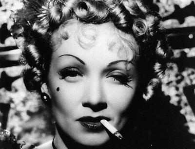 sobrancelhas-anos-30-alessandra-faria-estilo-e-maquiagem-Marlene Dietrich-thumb