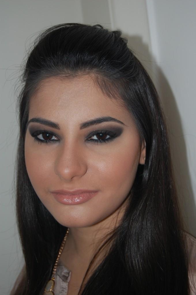 maquiagem inspirada em Kim Kardashian por alessandra faria e barbara urias