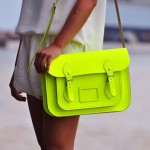 Cores neon: acenda esta tendência de moda para o próximo verão!