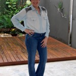 Look do dia monocromático: jeans mais jeans.