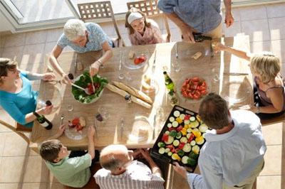 10-coisas-que-gostaria-de-fazer-almoçar-em-família