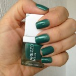 Esmalte da semana: verde da Arezzo Nails.