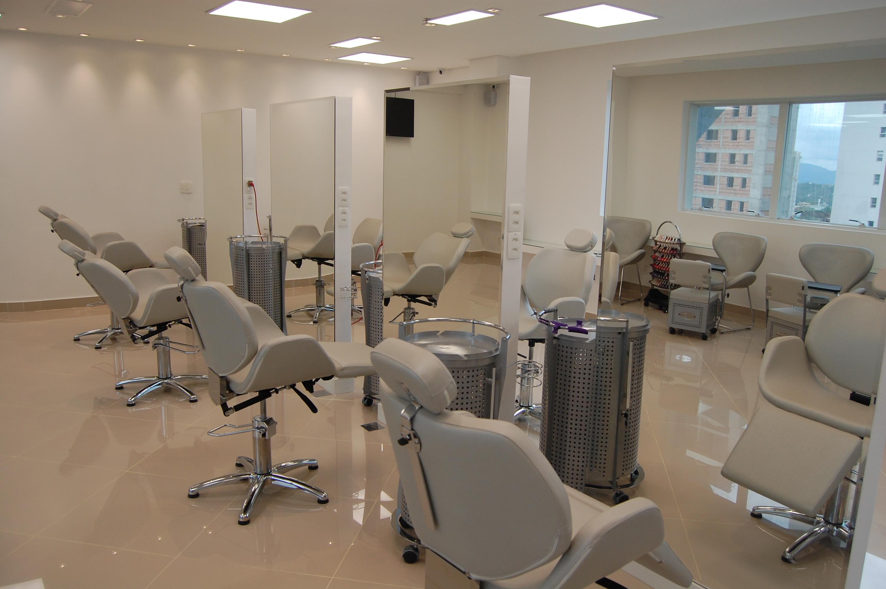 salão-platinum-visage-vila-da-serra-alessandra-faria-estilo-e-maquiagem
