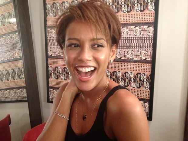 novos cortes de cabelo de Michelle Obama e taís Araújo1