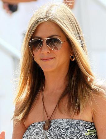 Jennifer-Aniston-Ray-Ban-Aviator-Sunglasses alessandra faria estilo e maquiagem