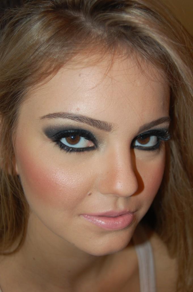dicas de maquiagem Foto e maquiagem por Alessandra Faria.