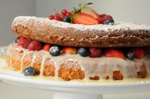 Naked cake para o dia dos namorados. - Alessandra Faria