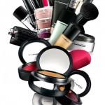 Mac Cosmetics reduz preço de produtos nas lojas brasileiras.