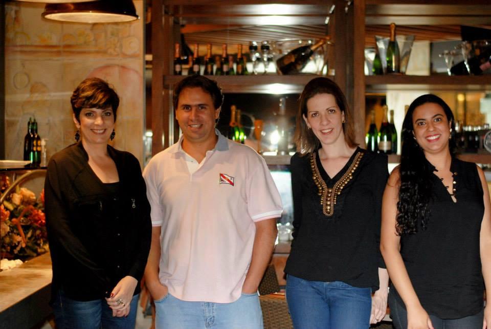 Eu, Paulo, Christiane e Gláucia Macedo