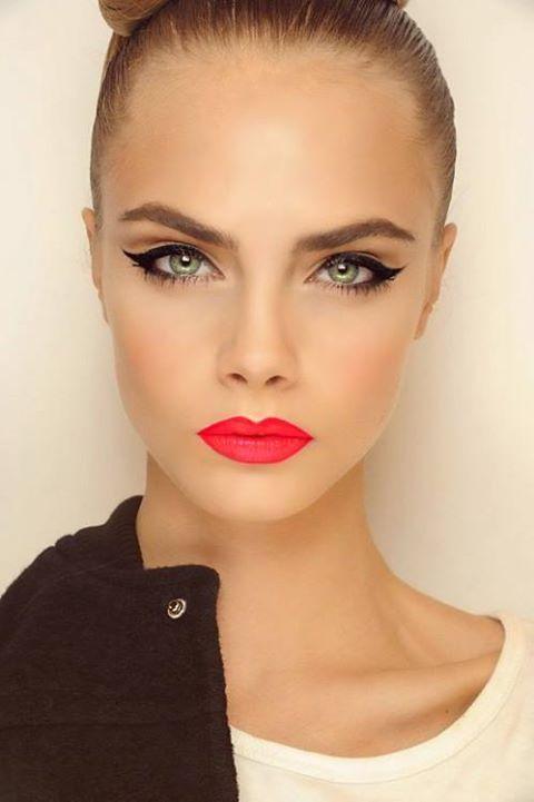 Cara-Delevingne-makeup-inspiration