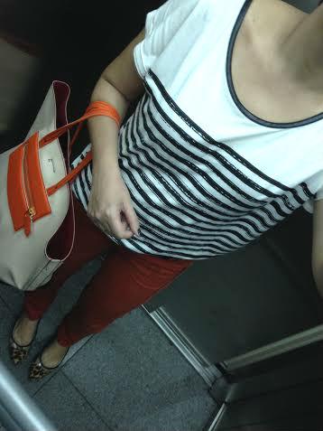 look-do-dia-listras-mais-calça-laranja2