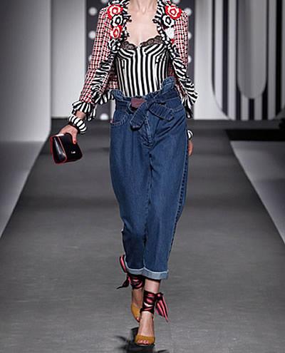 tendência verão 14 _15 jeans clochard
