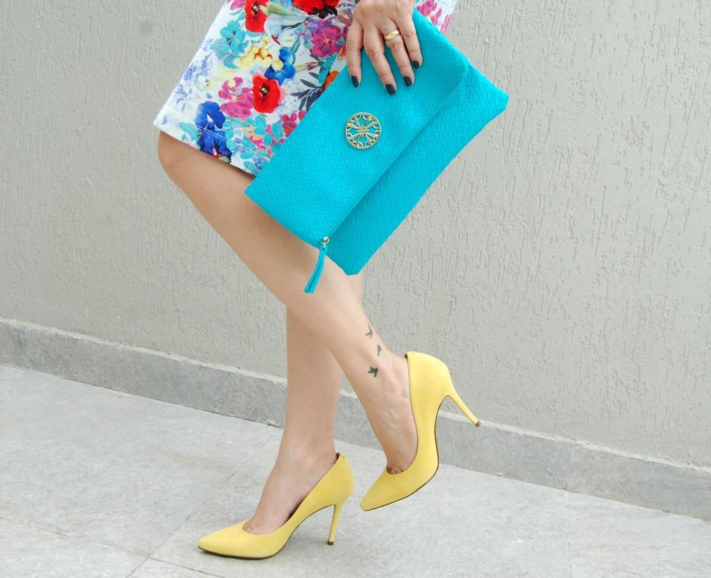 look-do-dia-vestido-floral-explosão-de-cores 13