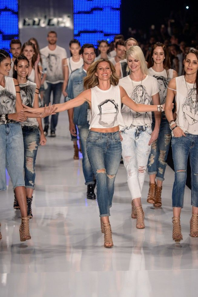 desfile-colcci-spfw-verão-2016-despedida-de-gisele-bundchen-das-passarelas-de-fashion-week4