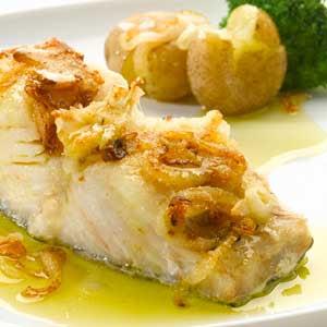 receita-de-bacalhau-assado-com-alho-e-azeite