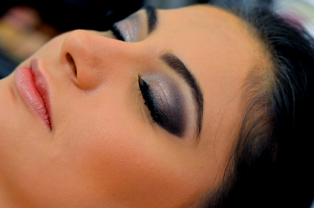 curso-de-maquiagem-profissional-alessandra-faria 2