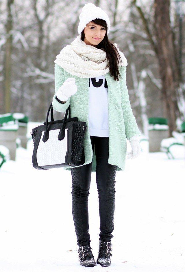 guarda-roupa-básico-feminino-de-inverno-gorro-boina-cachecol-e-luva