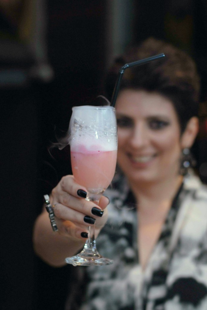 Drink Alessa coquetel curso de maquiagem profissional online Alessandra maquiagem online 1
