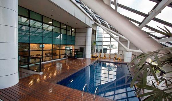 dica_de_hotel_em_são_paulo_Blue-Tree-Premium-piscina