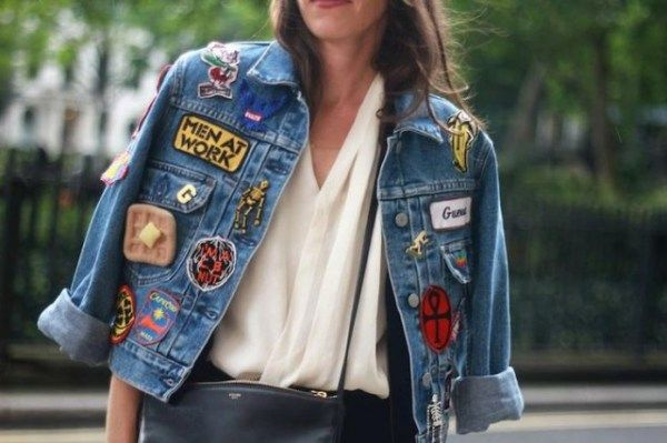 jaqueta_jeans_customizada_com_patches_e_bottons_street_style 4