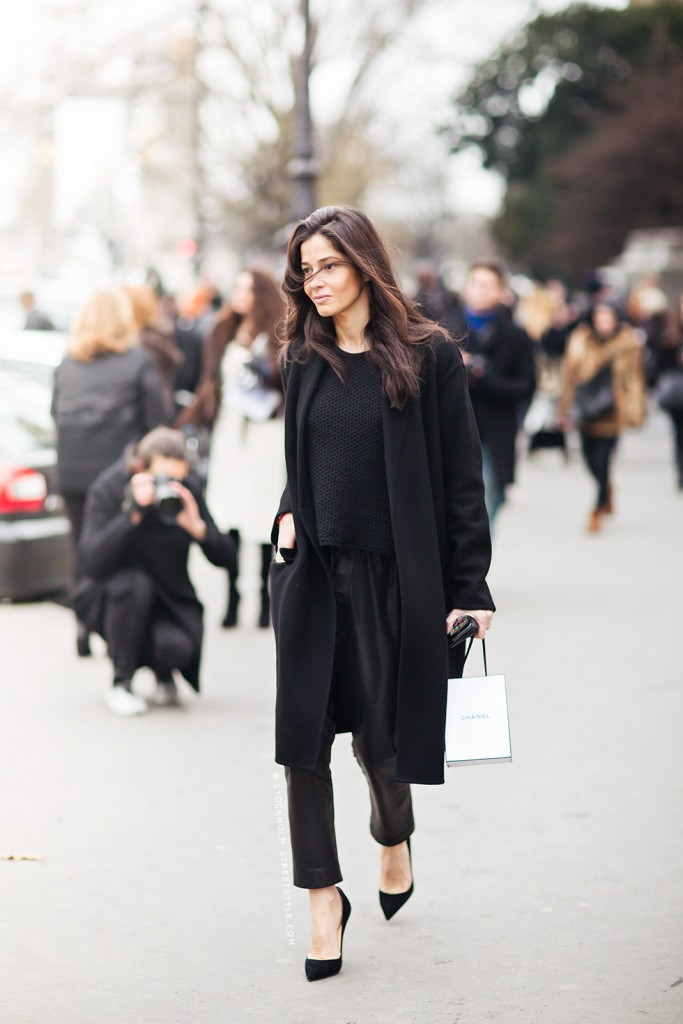 all-black-model-street-style_dia_de_rock_bebê 2