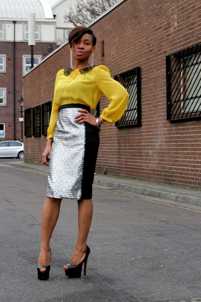 street_style_look_do_dia_preto_branco_amarelo9