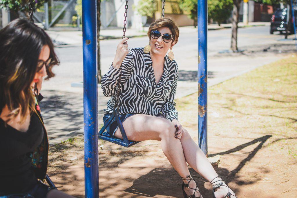 look_do_dia_shorts_jeans_destroyed_mãe_e_filha_ela_usa_eu_uso_por_alessandra_faria5