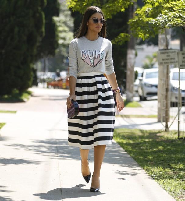 saia_listrada_striped_skirt_street_style4