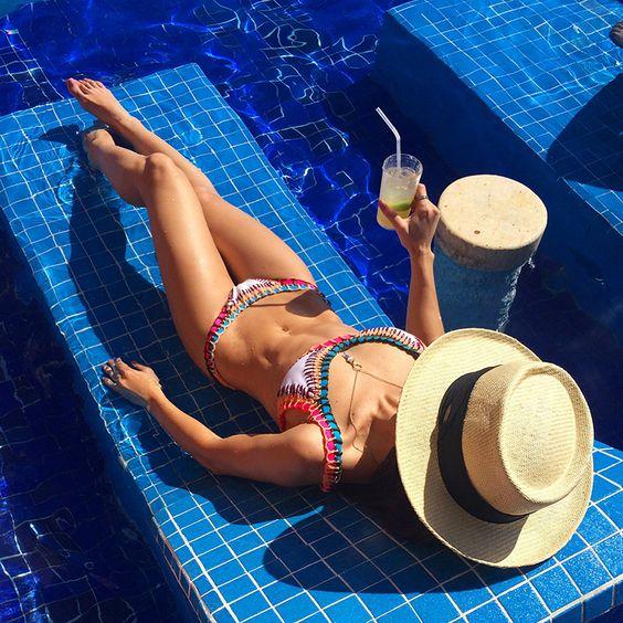 chapéu_de_praia_hits_do_verão_2017