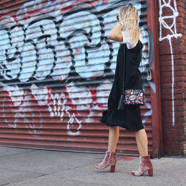 velvet_boots_bota_de_veludo_trend_alert_street_style3