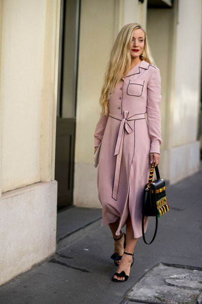 Millennial-Pink-Street-Style-Outfit-trend_alert_spring_summer_2017_por_alessandra_faria3