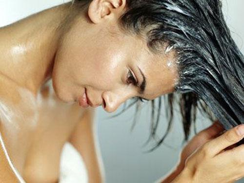 cabelos-cuidados-básicos-caseiros-lavar_cabelo