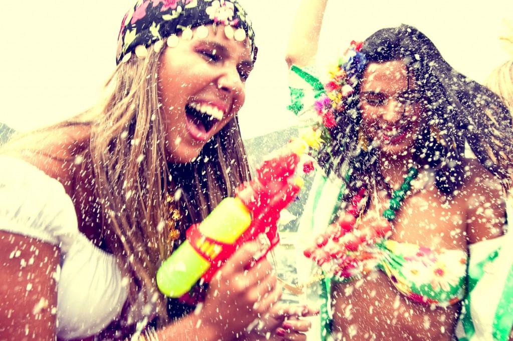 o-carnaval-dicas-de-maquiagem-e-cuidados-com-a-pele