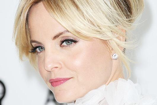 10 truques de maquiagem para parecer mais jovem por Alessandra Faria