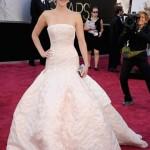 Vestido Dior deixa Jennifer Lawrence em saia justa – parte II.