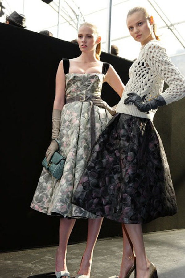 vestido godê como-usar-saia-midi-look-saia-midi
