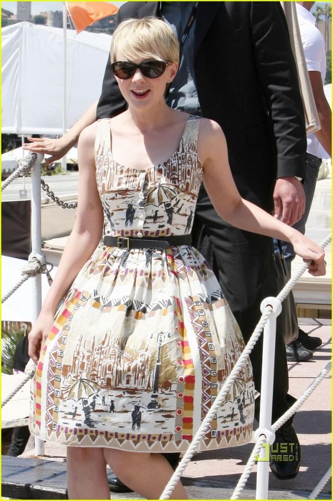 Celebrities Arrive in Cannes!