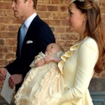 O look de Kate Middleton no batizado do príncipe George.
