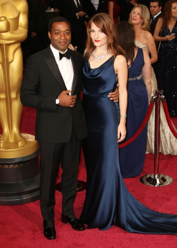 looks-masculinos-oscar-2014-Red-Carpet-Chiwetel-Ejiofor