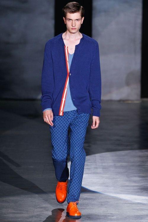 moda-masculina-sapato-colorido-para-dia-dos-namorados 4
