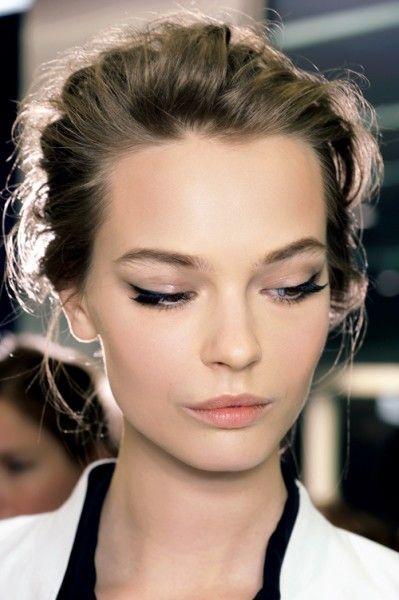 dicas-de-maquiagem-7-formas-de-delinear-os-olhos 3