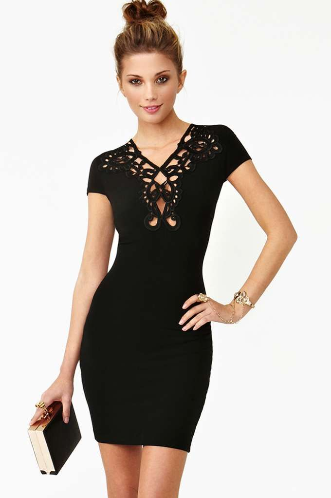 black-dress-vestido-preto-nada-básico-para-festas-de-fim-de-ano 12