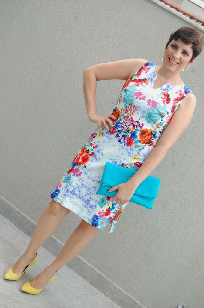 look-do-dia-vestido-floral-print-explosão-de-cores 2