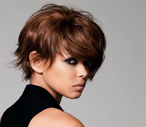 cortes-cabelos-curtos-lisos-para-rosto-quadrado2
