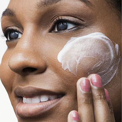 uso-tópico-de-vitamina-c-para-o-rosto-tratamentos-cosméticos-estéticos2
