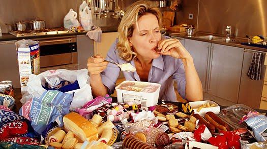 como_diferenciar_a_fome_da_vontade_de_comer_compulsão_alimentar
