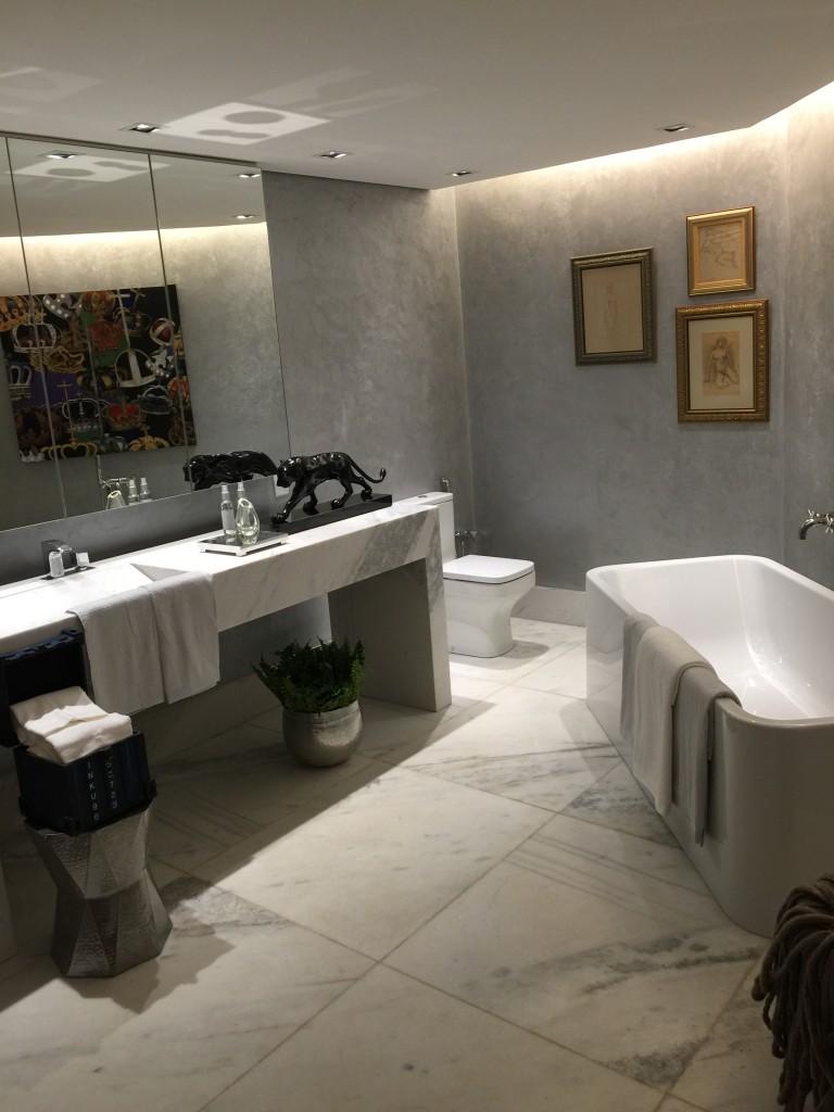 decoração_de_interiores_suite_do_estilista_victor_dzenk