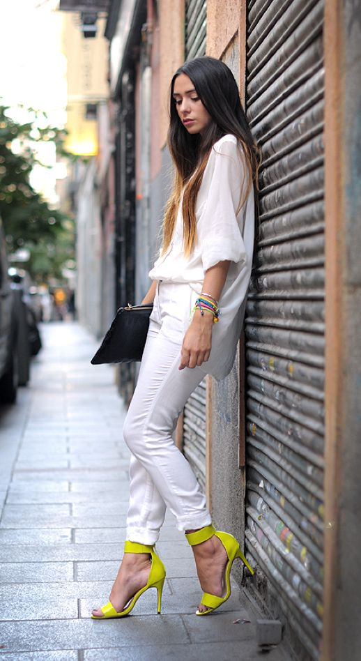 street_style_look_do_dia_preto_branco_amarelo 2