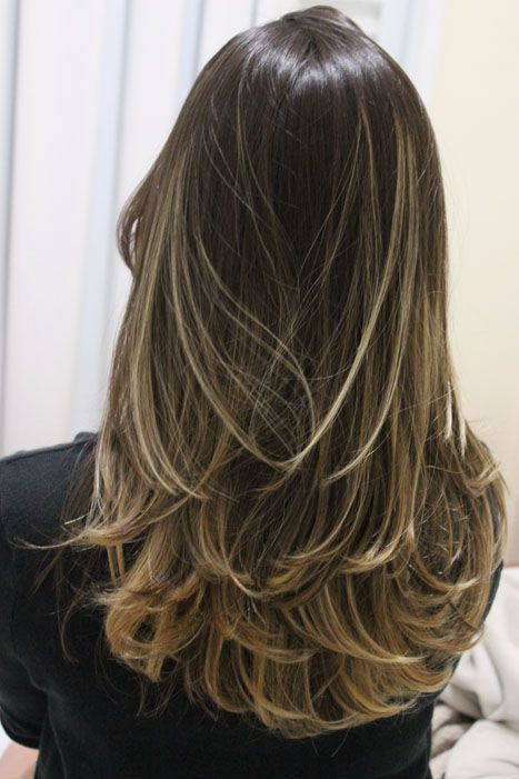 cabelos_longos_em_camada