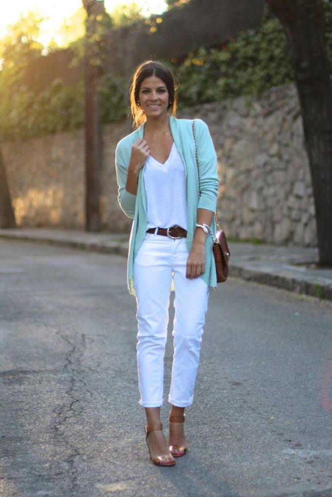 jeans_e_tee_street_style_por_alessandra_faria8